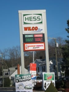 www.holidaysigns.com-chester-virginia-digit-and-fuel-price-display-signage-gas-signs
