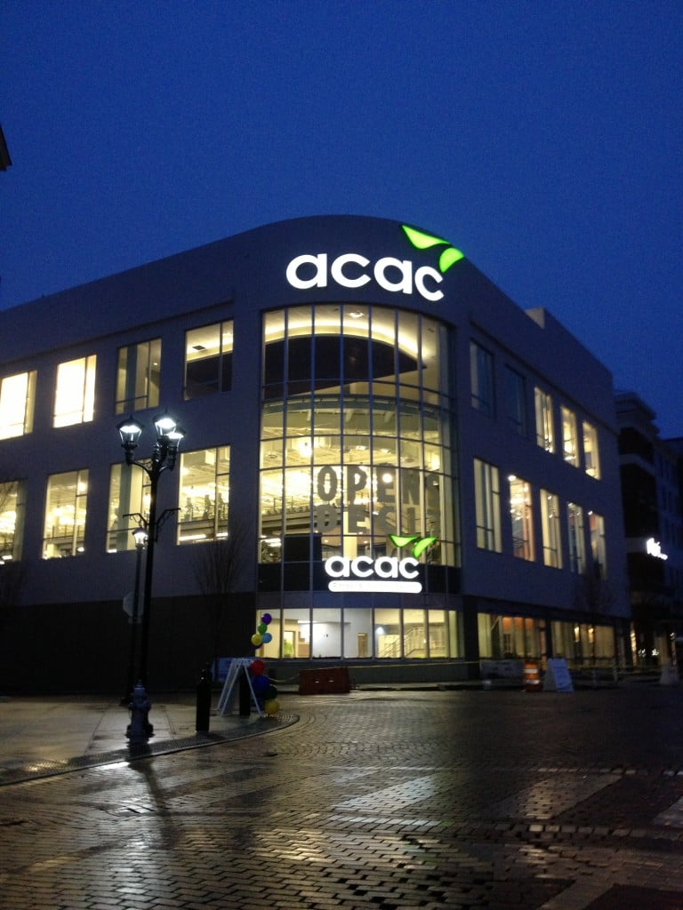 www.holidaysigns.com-Short-Pump-VA-ACAC-Fitness-Center-Signage