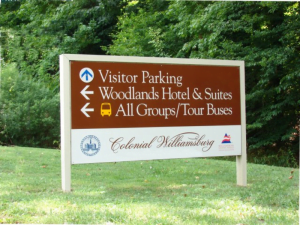 www.holidaysigns.com-colonial-williamsburg-historical-park-wayfinding-signs-historic-plaques-signage