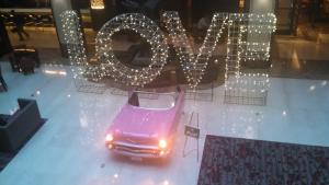 www.holidaysigns.com-richmond-va-LOVE-tourism-electric-signs